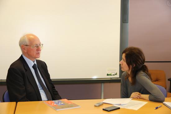 Maurizio Gotti en un moment de l'entrevista. Foto: Martí Domínguez.